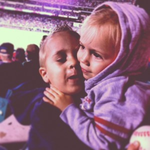 Gray and Ellie hug at Yankees/Angels Friday night.
