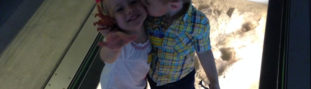 Ellie and Gray spreading love at the Natural History Museum of L.A.